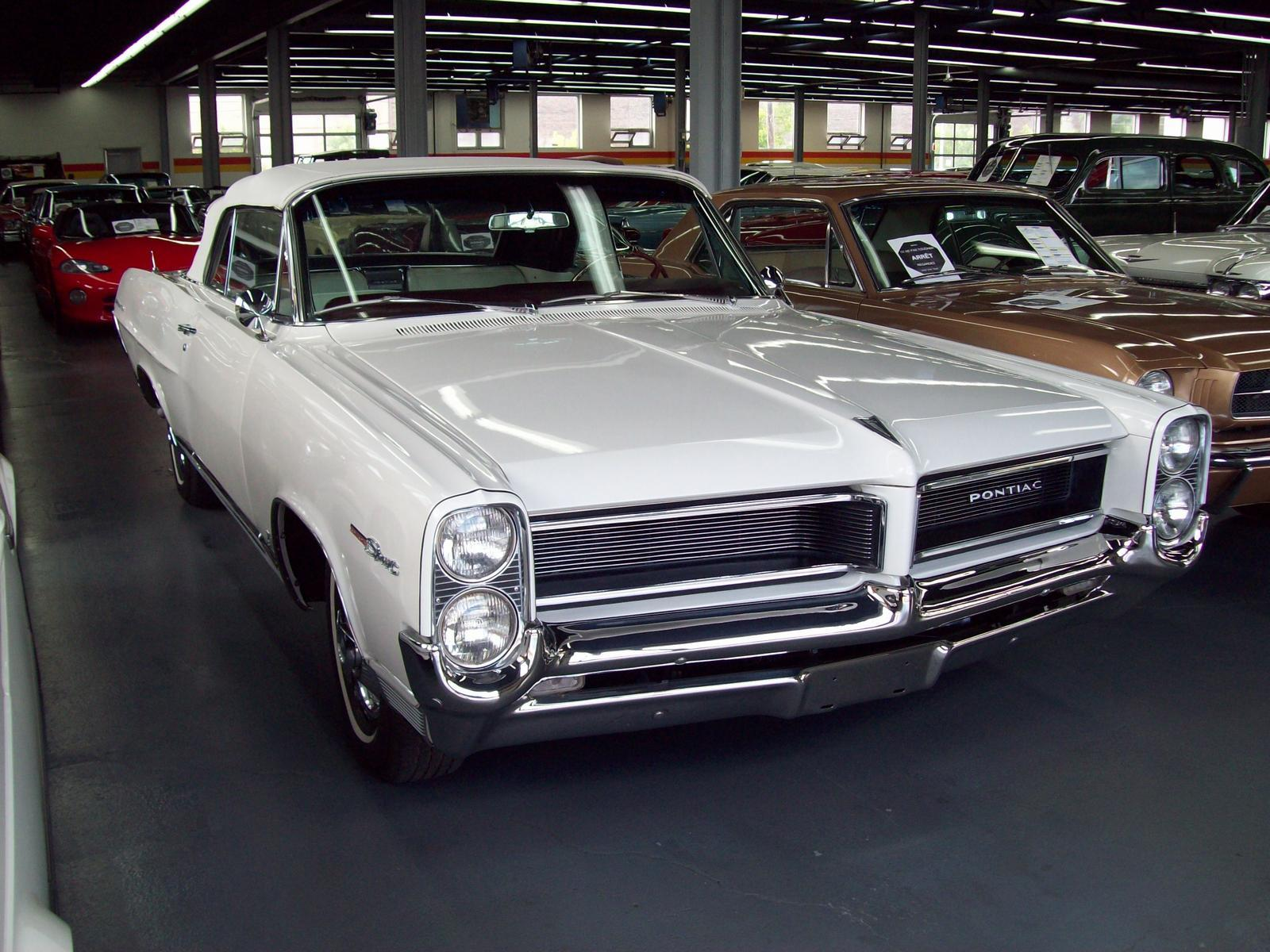 Pontiac Parisienne Custom Sport 327 4 Speed 1964